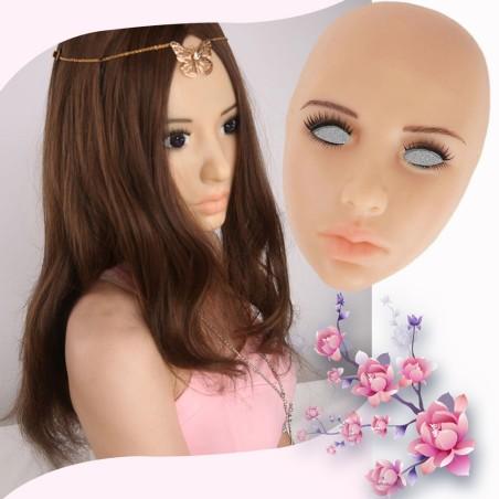 Masque féminin en silicone, une jeunesse magique